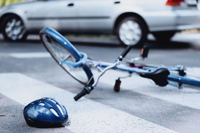 自転車右直事故